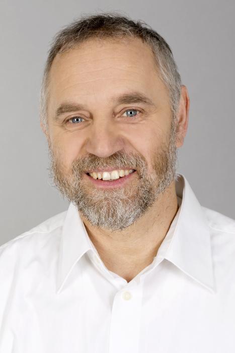 Helmut Becher